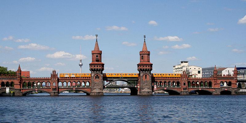 Oberbaumbrücke Berlin.jpg