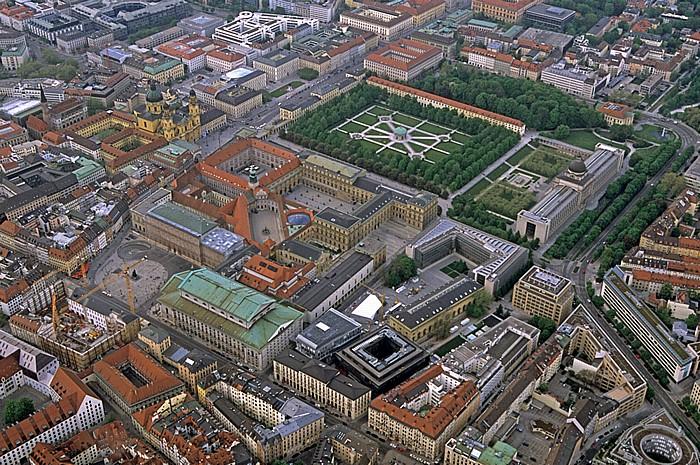 Residenz és Hofgarten.jpg