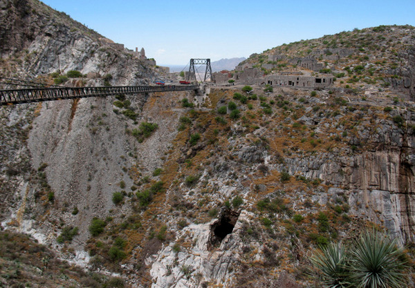 Ojuela Bridge.jpg