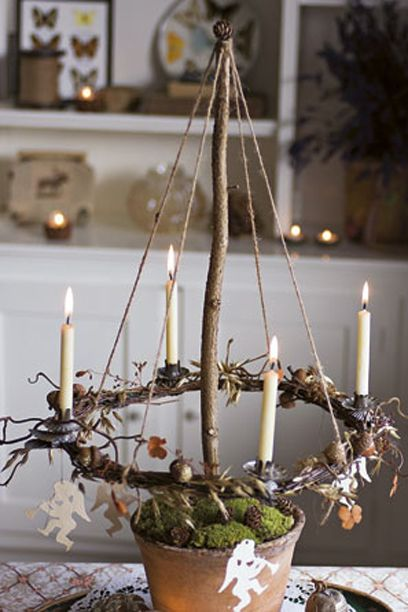 diy-branch-and-moss-advent-wreath.jpg