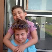 testvéri szeretet... kép