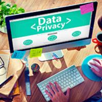 Amerika is szabályozná az adatgyűjtést