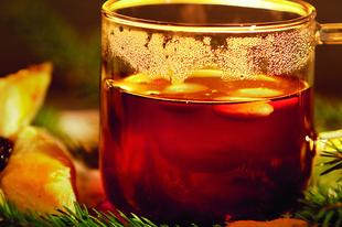 Hideg téli esték forró itala, a forralt bor