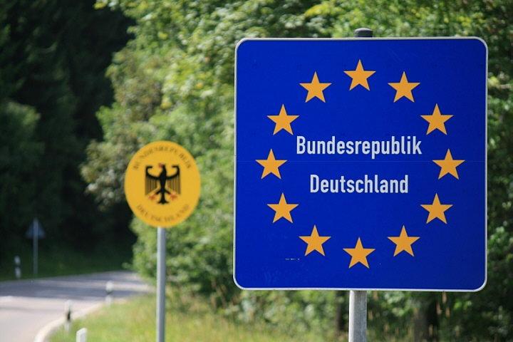 bundesrepublik_deutschland_392011.jpg