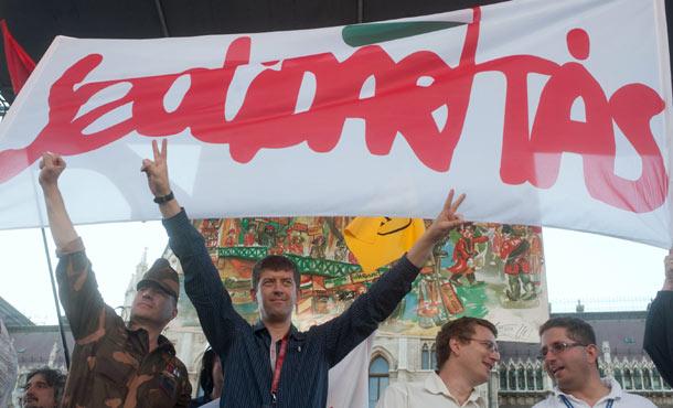 szolidaritas1.jpg