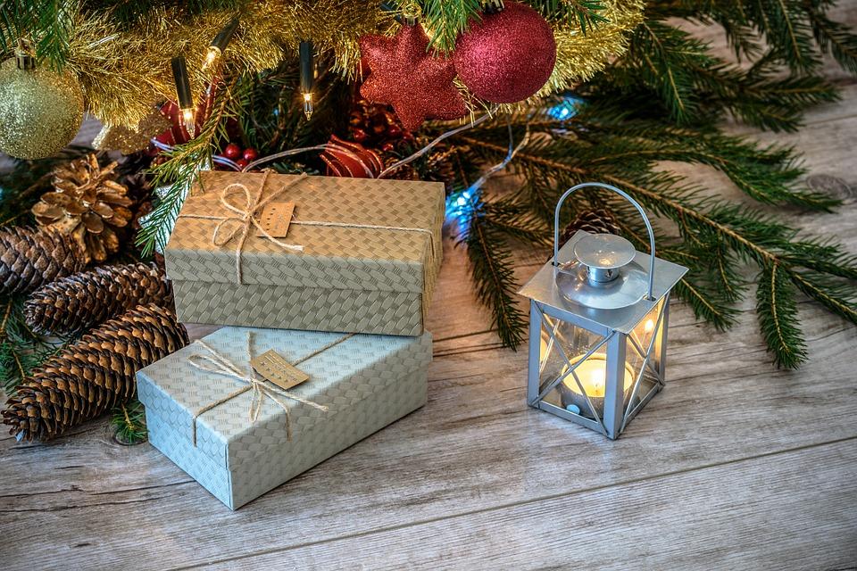retro-gifts-1847088_960_720.jpg