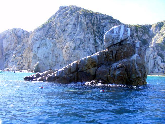 szikla az öbölben.jpg