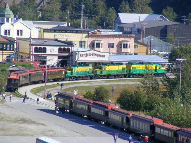 vonatszerelvények.jpg