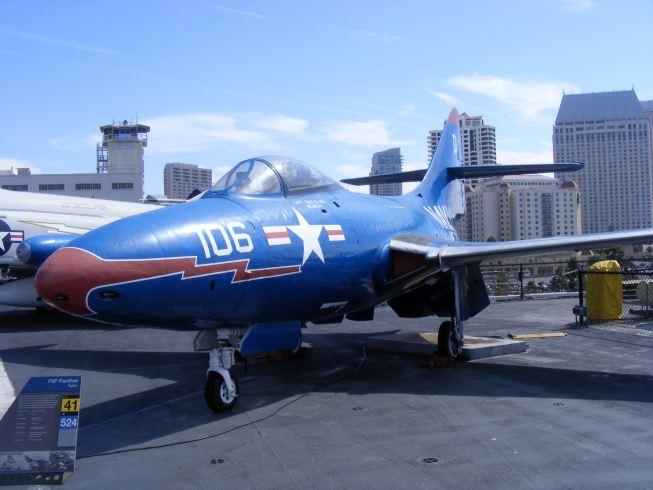 F9F Panther.jpg