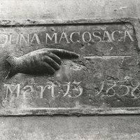 Esztergomi árvíztáblák II. - Belvárosi templom falán