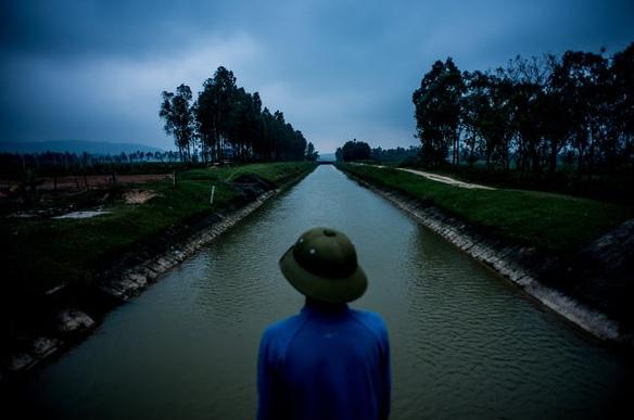 Loi folyója és a körülötte lévő mezőgazdasági terület