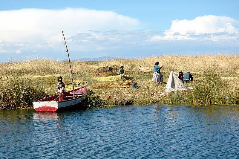 Élet a Titicaca-tóban