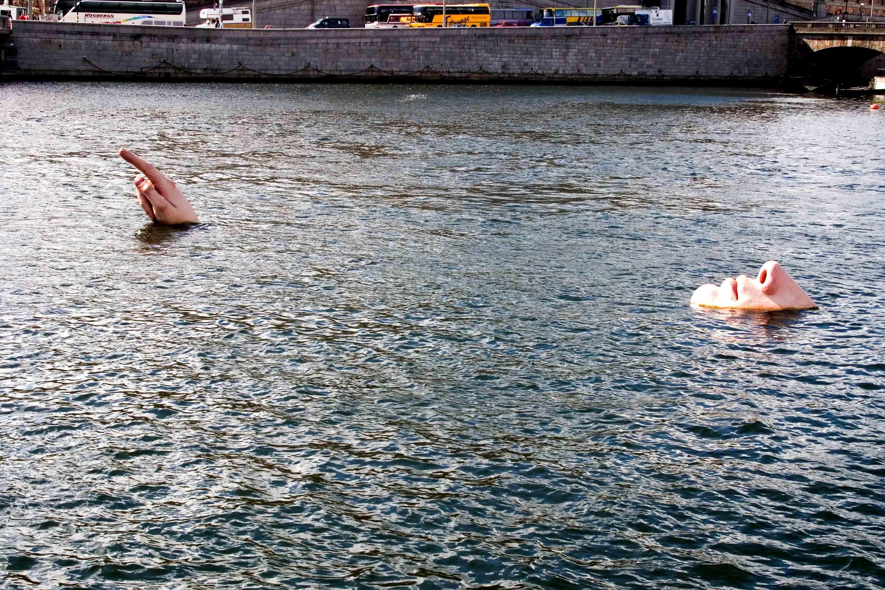 Emberi arc és ujjak - Stockholm