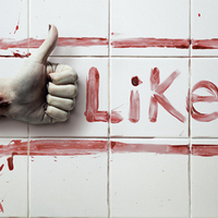 A Facebook-függőség húsz apró jele