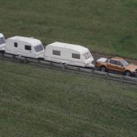 Láttál már 15 lakókocsit vontatni egyszerre?