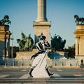 Titokzatos Johnnie Walker figurák tűntek fel Budapest utcáin