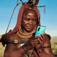 Mobillal készített varázslatos felvételeket Afrika érintetlen tájairól a magyar lány