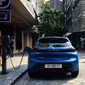 Ingyenes üzemanyag új Peugeot tulajdonosoknak
