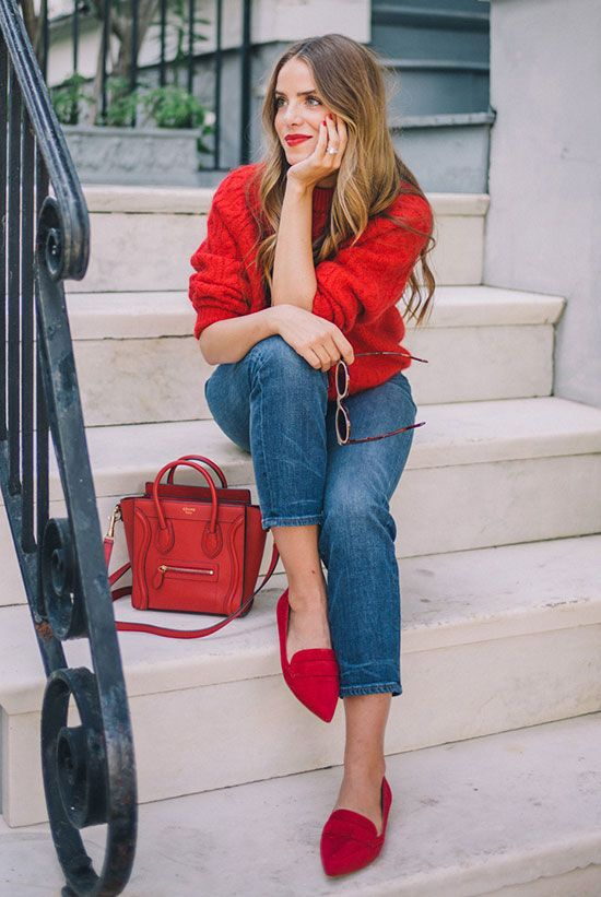 97e3f_08-a-red-chunky-knit-sweater-cropped-jeans-fuchsia-flats-and-a-red-bag.jpg