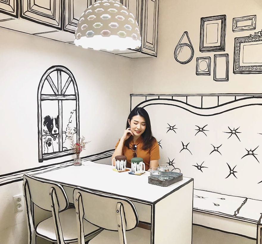 in-seoul-this-unusual-cafe-makes-its-customers-feel-in-a-comic-book-5ba4a8b8547db_880.jpg