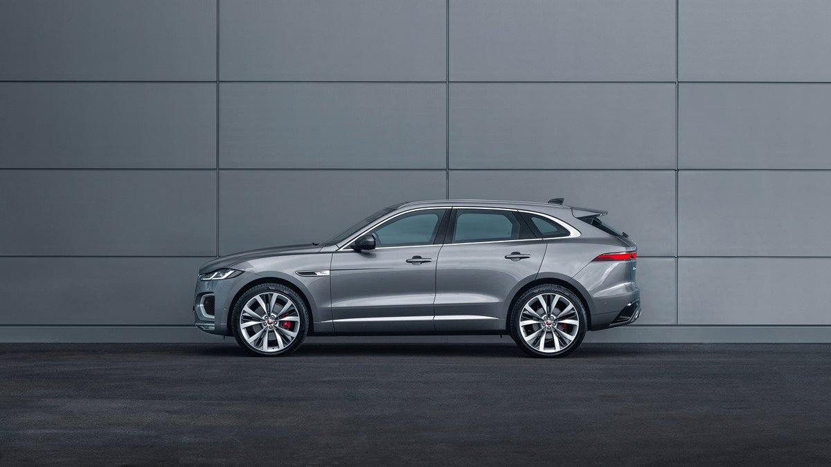 jag_f-pace_21my_location_static_15_side_150920.jpg