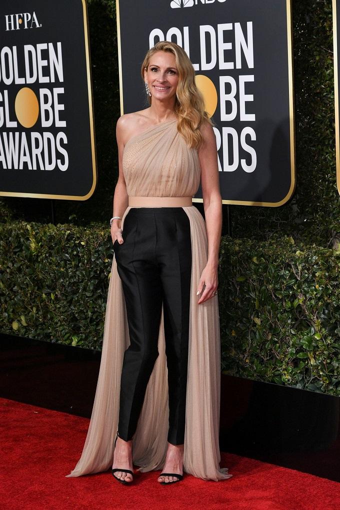 julia-roberts-2019-golden-globe-awards-red-carpet1.jpg
