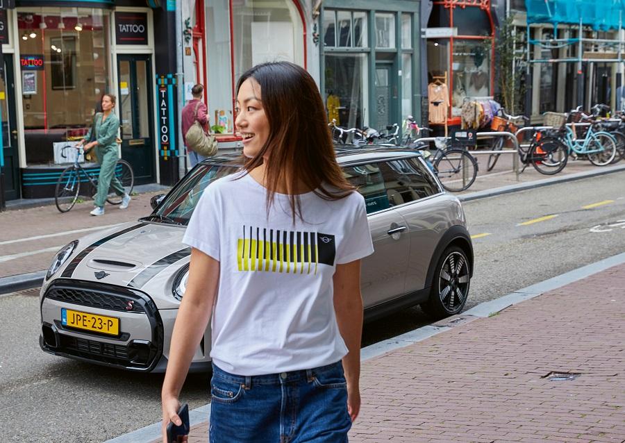 p90416100_highres_mini-t-shirt-women-s.jpg