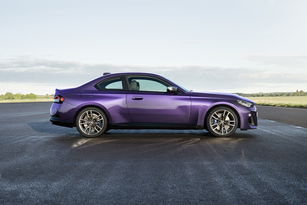 p90428442_highres_the-all-new-bmw-m240.jpg