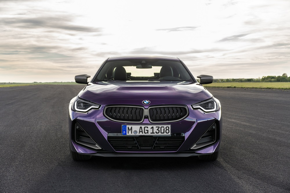 p90428474_highres_the-all-new-bmw-m240.jpg