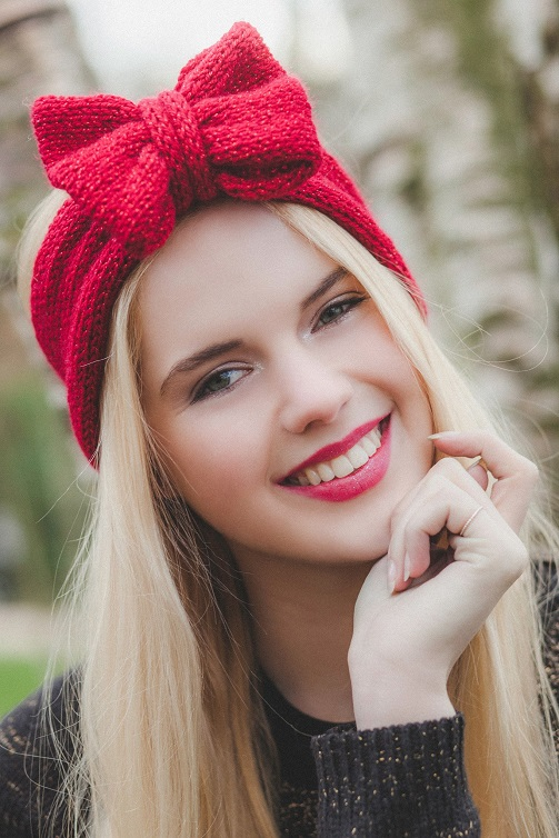 burgundy-red-glitter-knitted-bow-headband-knitted-headband-cute-and-cosy-ear-warmer-in-sparkly-glitter-headband-christmas-headband-beauxoxo_1024x1024_2x_1.jpg