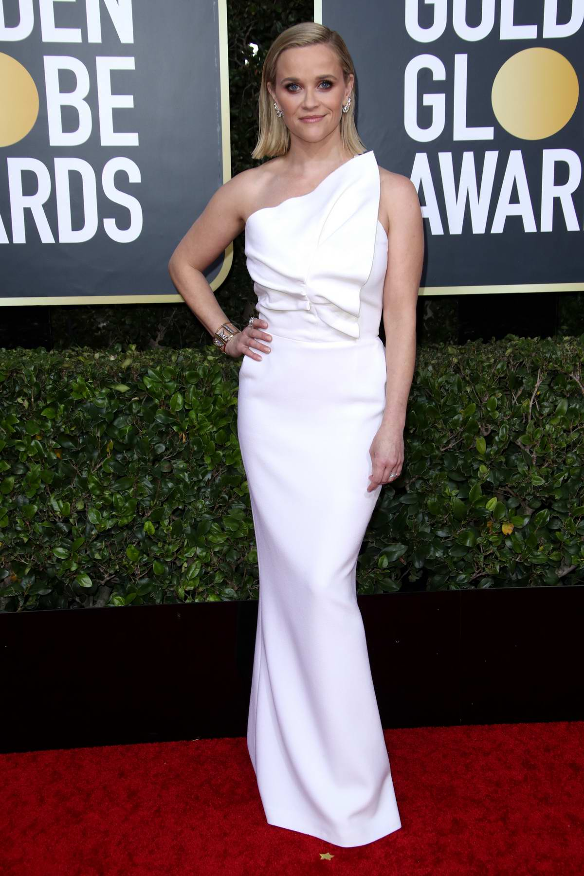 reese-witherspoon-attends-the-77th-annual-golden-globe-awards-at-the-beverly-hilton-hotel-in-beverly-hills-california-050120_5.jpg