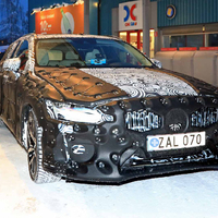 BRÉKING! Kémfotókon az új Volvo V60!