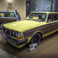 Tuningolt kettes Volvók a Tokiói Autószalonon