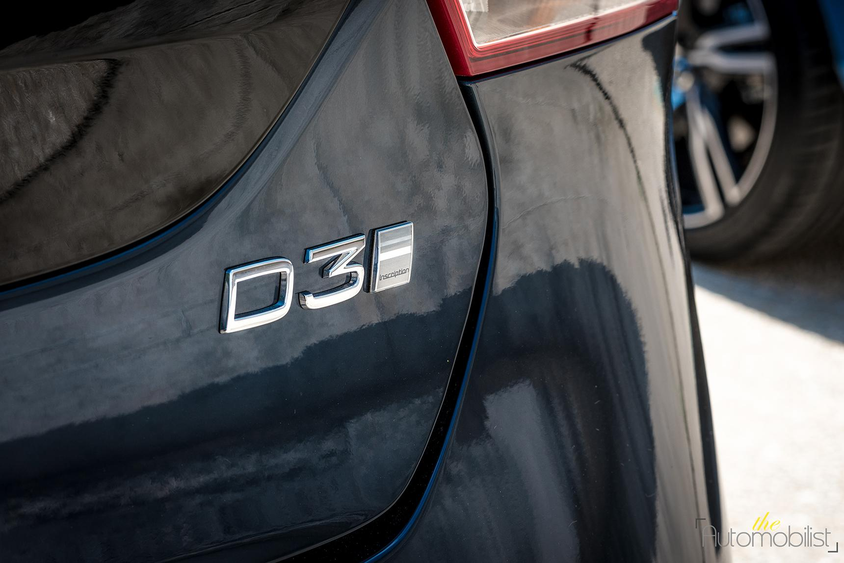 nouvelle-volvo-v40-badge-d3-inscription.jpg