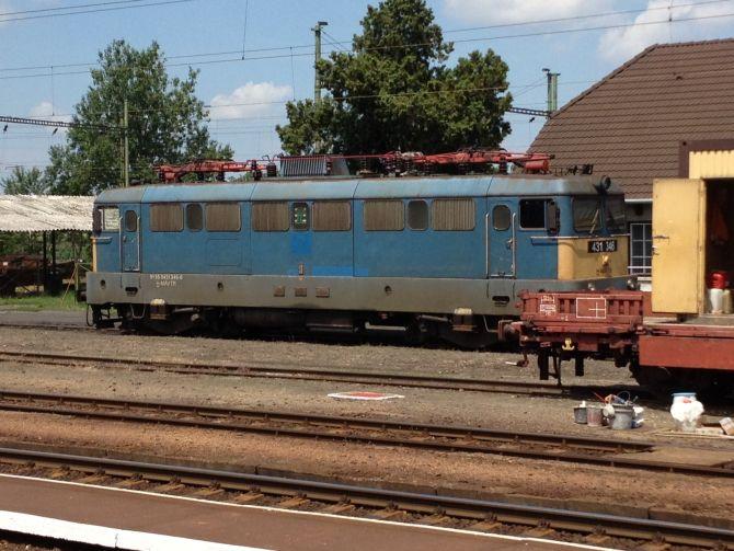 V43 - 1346.jpeg