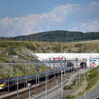 A Csatorna-alagút vonatai