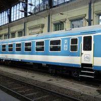 Megújuló személykocsik a MÁV-START-nál és a JBSS Bahnban is