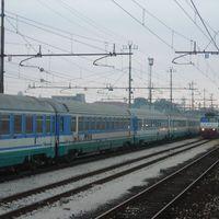 München-Velence - vonattal