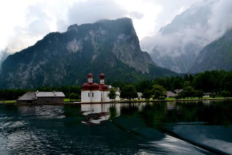 Königssee Obersse Berchtesgaden Nemzeti Park Bajorország St. Bartholomä kápolna