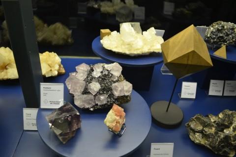 ásvány München múzeum Museum Reich der Kristalle