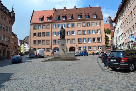 nurnberg Dürer szobor óváros