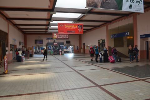 plzen hlavní nádraží Plzeň állomás váróterem