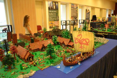 kecskemét, kockafeszt, lego, viking hajó, viking falu