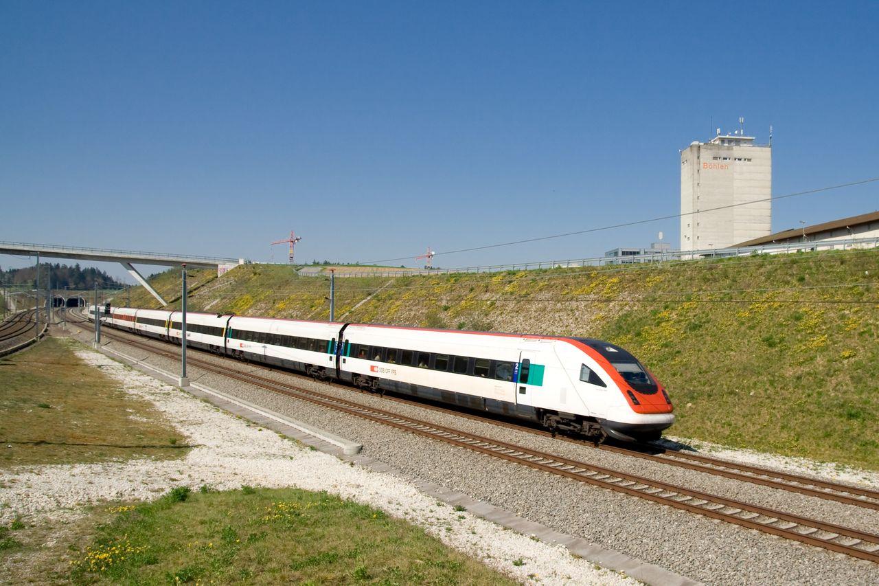 >ICN 2000 sorozatú villamos motorvonat, Mattstetten–Rothrist nagysebességű vasútvonal