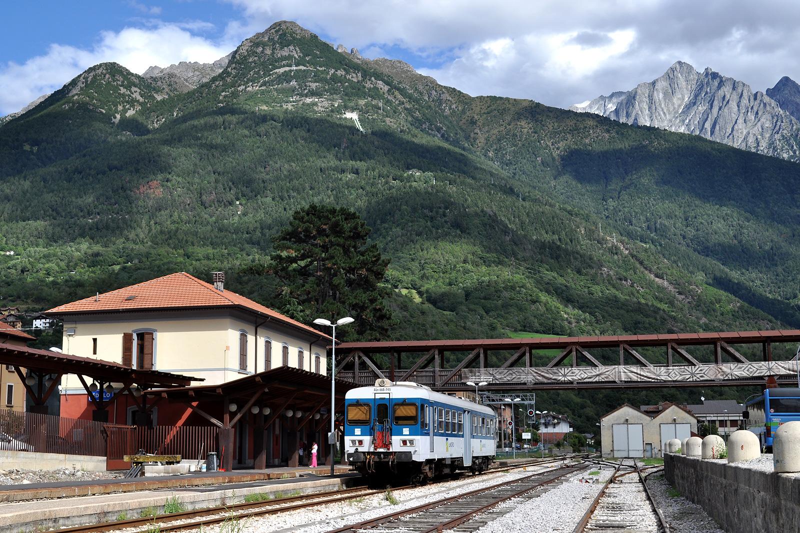 Edolo, Brescia–Iseo–Edolo-vasútvonal