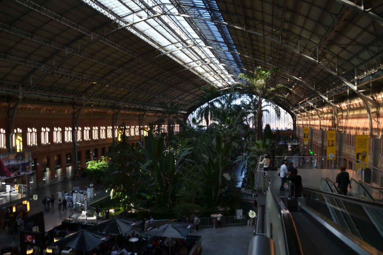 madrid Atocha pályaudvar csarnok, pálmaház