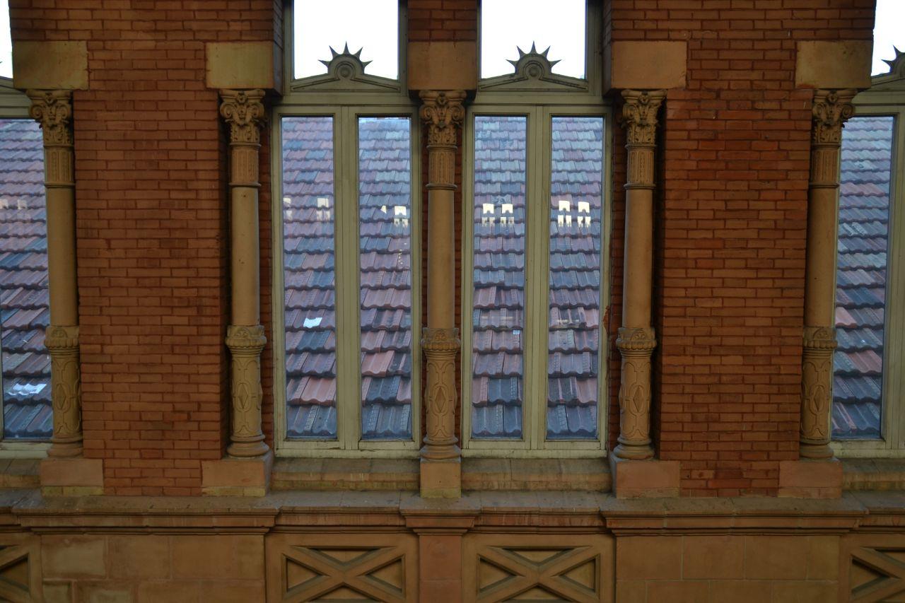 madrid Atocha pályaudvar csarnok, pálmaház, ablak
