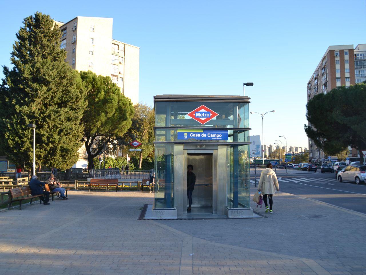 madrid, metró, lift