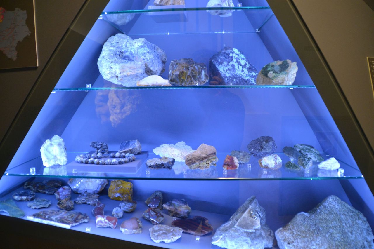 st. pölten, ausztria, természettudományi múzeum, ásványok