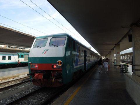 Firenze és Pisa között vonattal
